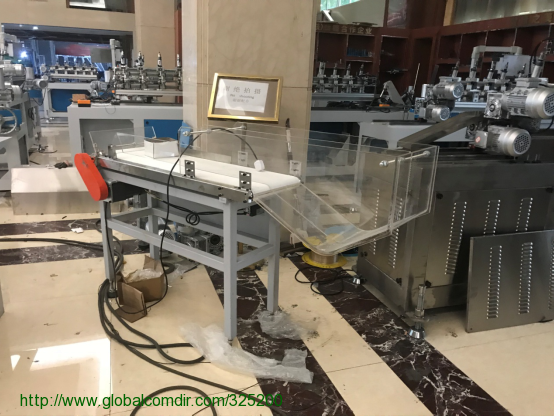 Paper straw collecting machine